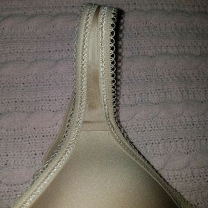 Wacoal Intimates & Sleepwear - WACOAL 34C Beige BASIC BEAUTY Full Figure Bra
